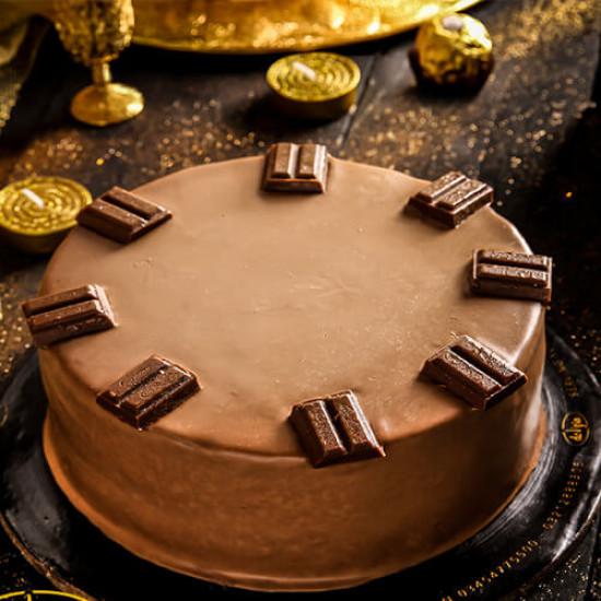 2.5lbs Cadbury Dairy Milk Cake from Delizia