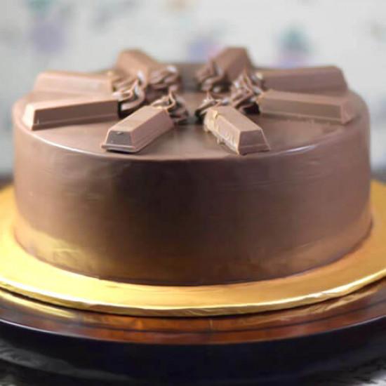 2.5lbs Kit Kat Chocolate Cake Delizia
