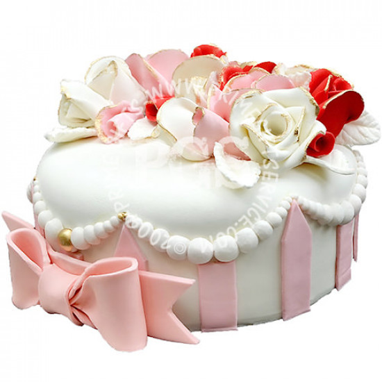 Redolence Pink and White Flower Cake 4Lbs