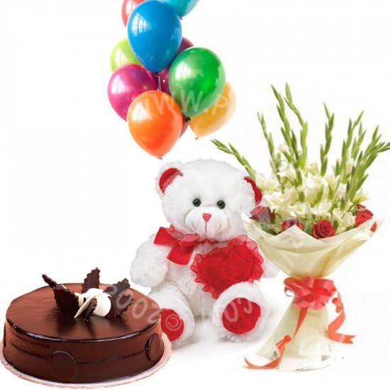 Kitchen Cuisine Cake Combo Gift